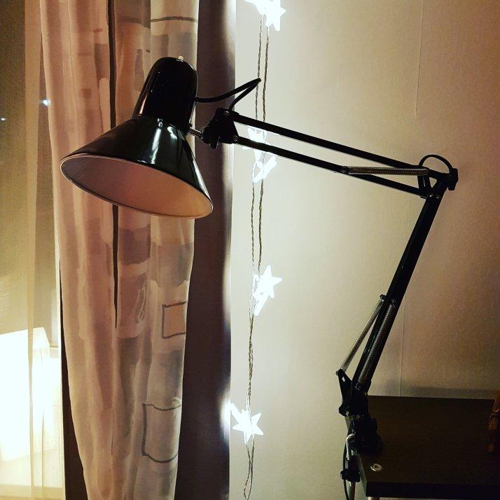 diese lampe hat am wochenende bei mir einzug gehalten. Black Bedroom Furniture Sets. Home Design Ideas